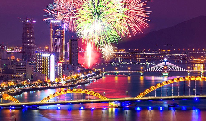 Da Nang resort and hotel launch promotions to celebrate fireworks festival