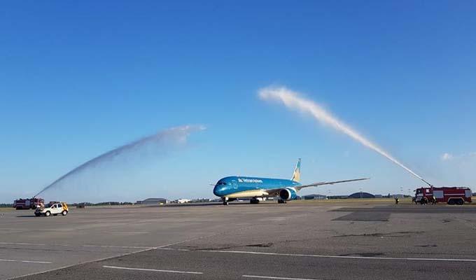 Vietnam Airlines bắt đầu khai thác các chuyến bay đi Nga tại sân bay Sheremetyevo