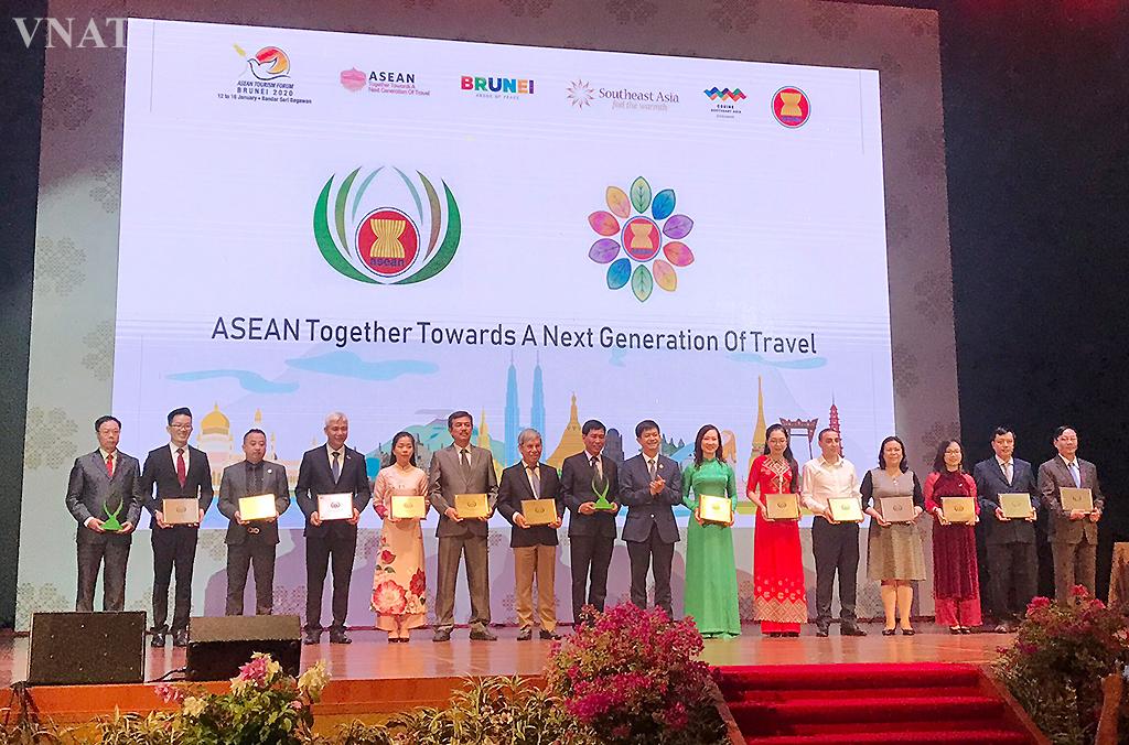 15 đơn vị của Việt Nam nhận Giải thưởng Du lịch ASEAN
