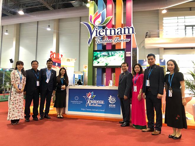 Gian hàng du lịch VIệt Nam thu hút sự quan tâm tại Hội chợ Du lịch TRAVEX 2020