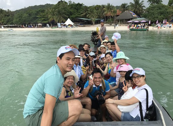 Family-friendly group tours warm up tourism market in Vietnam